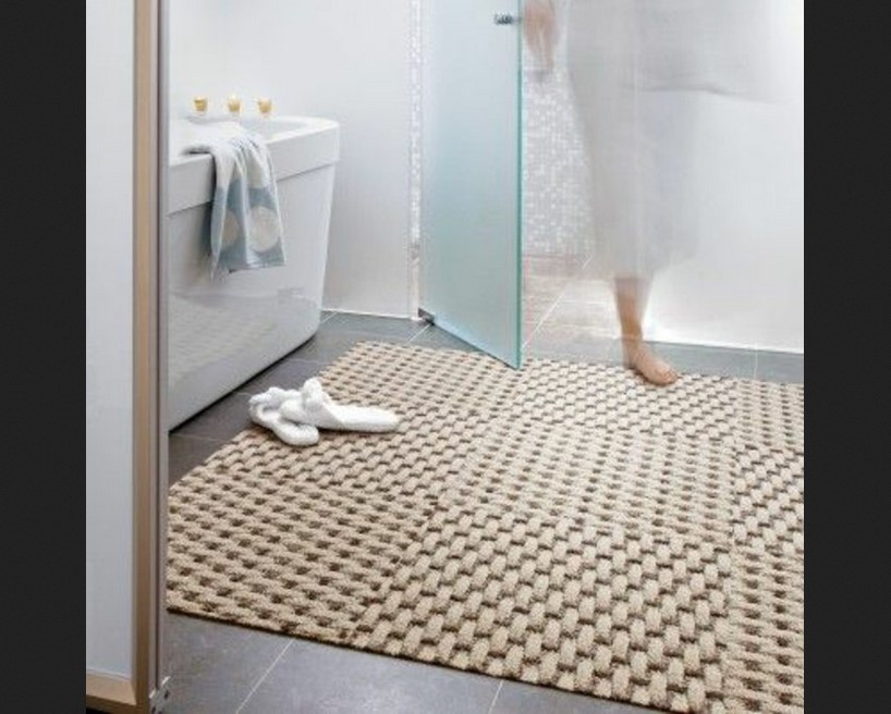 tapis salle de bain grande taille n15. Black Bedroom Furniture Sets. Home Design Ideas